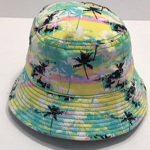 21 Men | Palm Tree Multi-Color Bucket Hat
